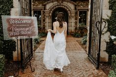 Such a cute video of this bride walking towards our stunning front doors. This entrance is so beautiful, but add in this stunning bride for this artsy photo and we are in love! | Villa Siena | Kylee Patterson Photography | #Villasiena #weddingvenue #gilbertarizona #arizonaweddings #arizonaweddingvenue #bride #entrance #weddingphotoideas #venueentrance Reception Party, Party Venues, Event Venues, Photography Articles, Photography Ideas, Intimate Wedding Ceremony, Artsy Photos, Arizona Wedding, Siena