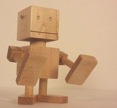 Scrapwood Project - Robot Phone Stand