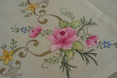 Kumaş boyama çalışmalarım Wedding Embroidery, Vintage Embroidery, Ribbon Embroidery, Embroidery Transfers, Hand Embroidery Patterns, Machine Embroidery, Flower Template, Paint Designs, Fabric Painting