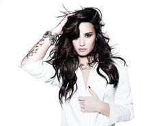 Demi Lovato - quero meu cabelo assim!!!!!!