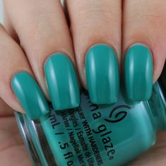 China Glaze Active Wear, Don't Care swatched by Olivia Jade Nails Jade Nails, Olivia Jade, Nail Mania, Nail Stuff, China Glaze, Pedi, Don't Care, Swatch, Active Wear