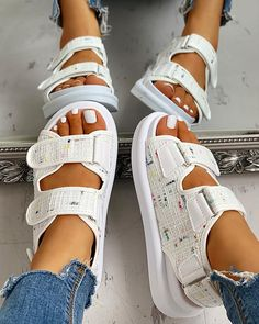Velcro Design Tweed Slingback Sandals Women's Best Online Shopping - Offering Huge Discounts on Dresses, Lingerie , Jumpsuits , Swimwear, Tops and More. Fashion Sandals, Sneakers Fashion, Trend Fashion, Style Fashion, Fashion Weeks, London Fashion, Fashion Models, Fresh Shoes, Hype Shoes