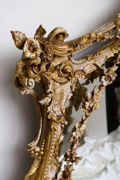 gilt mirror frame