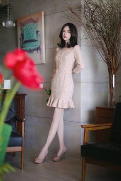 daily feminine classy look skirt fashion, fashion outfits, womens Korea Fashion, Asian Fashion, Trendy Fashion, Spring Fashion, Trendy Style, Classy Fashion, Girls Summer Outfits, Girl Outfits, Fashion Outfits
