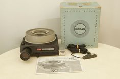 Kodak Carousel 800 Slide Projector with zoom lens, tray, and bulb #Kodak Projectors, Zoom Lens, St Kitts, Carousel, Tray, Bulb, Onions, Trays, Carousels