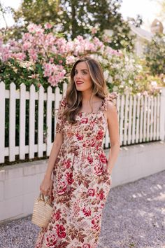 This Cotton Maxi Dress Works Perfectly With A Bump - Gal Meets Glam Gal Meets Glam, Maternity Dresses, Maxi Dresses, Autumn Fashion Casual, Buy Dress, Classy Outfits, Dresses For Sale, Designer Dresses, Casual Dresses