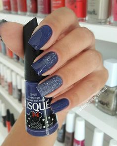 50 trendy winter nail art ideas for 2019 page 15 Classy Nails, Stylish Nails, Trendy Nails, Blue And Silver Nails, Navy Nails, Silver Nail Designs, Acrylic Nail Designs, Winter Nail Art, Winter Nails