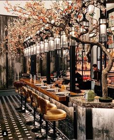 Mei Ume at the Four Seasons Hotel - London 📷 : Bar Interior Design, Restaurant Interior Design, Cafe Design, House Bar Design, Back Bar Design, Salon Design, Decoration Restaurant, Deco Restaurant, Oriental Restaurant