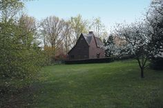 So peaceful......OldHouses.com - 1690 Colonial - Colechester Tavern in Bucks County, Pennsylvania