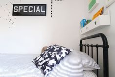 The Twinkle Diaries twin bedroom makeover — monochrome kids bedroom decor Cloud Shelves, Boys Bedroom Decor, Bedroom Ideas, Old Room, Cot Bedding, New Beds, Room Themes, Soft Furnishings, Monochrome