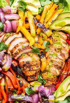 Grilled Chicken Fajita Salad Chicken Fajita Salad Recipe, Chicken Fajitas, Chicken Recipes, Main Dish Salads, Dinner Salads, Main Dishes, Grilled Vegetables, Chicken And Vegetables, Chicken Peppers And Onions