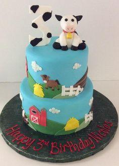Barnyard Cake   Cows   Gallery   Sugar Divas Cakery   Orlando   Cupcakes   Custom Cakes  Www.sugardivascakery.com
