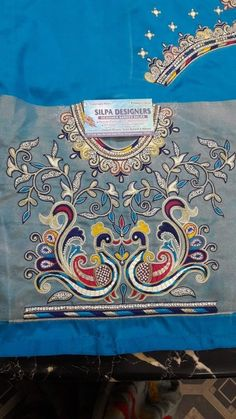 South Indian Blouse Designs, Kids Blouse Designs, Bridal Blouse Designs, Hand Designs, Magam Work Blouses, Peacock Embroidery Designs, Aari Embroidery, Peacock Design, Ankara Styles