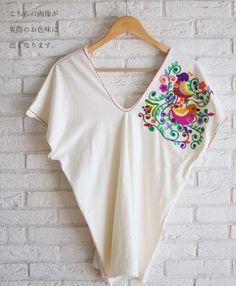 【楽天市場】(ホワイト)「mori」極彩色の鳥刺繍トップス