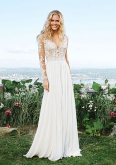 160 Best Wedding Dresses For Sale Images In 2020 Used Wedding