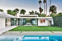 Diseñado por Studio AR+DArquitectos, esta lujosa residencia se encuentra en Palm Springs, California, Estados Unidos.