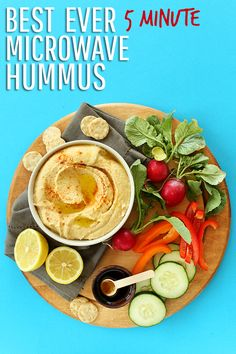 BEST EVER 5 Minute Microwave Hummus! The trick that gives you creamy restaurant-style hummus every time. I can't sotp eating it! [own note: prolly the best hummus recipe ever] Vegan Snacks, Healthy Snacks, Healthy Eating, Baker Recipes, Cooking Recipes, Pesto, Vegetarian Recipes, Healthy Recipes, Microwave Recipes
