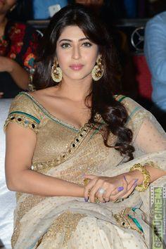 Bollywood Actress Hot Photos, Indian Bollywood Actress, Bollywood Girls, Beautiful Bollywood Actress, Most Beautiful Indian Actress, Bollywood Fashion, Beautiful Actresses, Indian Actresses, Indian Actress Name
