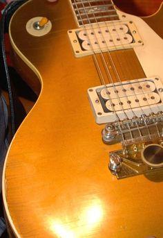Tom Scholz of Bostons Guitar!!!!