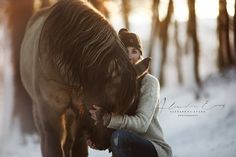 Don & Sabrina ☃️ #equestrian #equestrianphotography #horsephotography #drp #pferdefotografie #pferd #liebe #equestriansofinstagram #equestrian #equestrianphotographer #horsephotographer