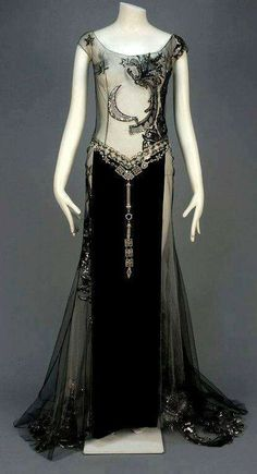 #wow - Art Deco moon gown. ~ETS