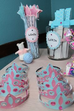 Kids Party: Favors at a Cinderella Party - or really any princess party Disney Princess Birthday Party, Princess Theme Party, Princess Party Activities, Fairytale Birthday Party, Prince Birthday Party, Princess Crafts, Cinderella Theme, Cinderella Birthday, Cinderella Party Favors