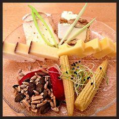 lowcarb sundaymorning brunch  #lowcarb #lowcarbpics #lowcarbfoto #lowcarbschweiz #lowcarbdeutschland #lowcarbliving #paleoeating #paleo #paleoliving #atkins #atkinsdiet #nocarb #instalowcarb #instaphoto #fitfood #fitness #foodgasm #foodgram #foodgram #foodpics #foodporn #foodgawker #foodblogger #bodyforming #bodybuilding #käse #schweizerkäse #cheeseofswitzerland #swisscheese by paulgeorg.meister
