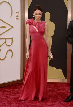 Olga Kurylenko #Oscars #RedCarpet!