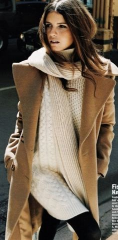 Layered Caramel colors! Mixing colors of the same family are a perfect look this season.
