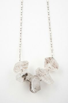 QUARTZ SHARD NECKLACE