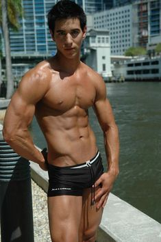 one day i hope to have a body like this dude. workin on it.
