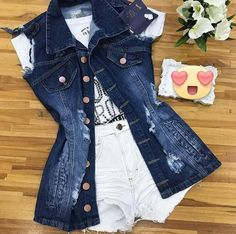 Casual Jeans, Casual Outfits, Fashion Outfits, Geek Fashion, Love Fashion, New Model Dress, Luau Outfits, Tumblr Outfits, Denim Outfit