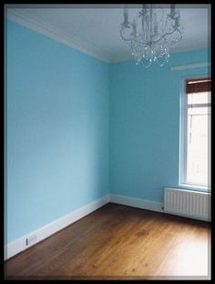 Dulux Matt Emulsion Paint First Dawn 2 5l Lounge