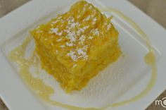 For me, pumpkin rice pudding goes way back to the old days with grandma and her wood burning pizza oven. This recipe is more of a modern version. This pudding is sweet, creamy and crusty on the outsid No Bake Desserts, Just Desserts, Dessert Recipes, Fall Recipes, Sweet Recipes, Rice Pudding Recipes, Pumpkin Pudding, Best Italian Recipes, Favorite Recipes