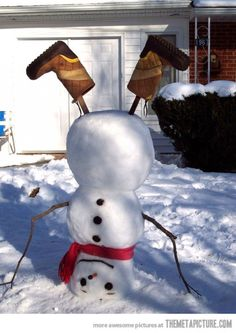 Funny and creative snowman - Hopefully it will snow enough this year to make one!!