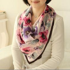 Foto de Lenço de seda pintado de venda quente das senhoras mão floral em pt.Made-in-China.com
