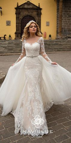 Lace Wedding Dress Champagne Mother Of The Bride Dress Trumpet Wedding Dress Couture Wedding Dresses White And Gold Wedding Dress – yyshoop Princess Wedding Dresses, Bridal Wedding Dresses, White Wedding Dresses, Bohemian Lace Wedding Dress, Tulle Wedding, Gold Wedding, Wedding Bride, Wedding Venues, Gold Bridesmaid Dresses