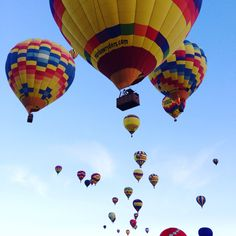 This is how I feel at 5pm on a Friday - light as air and ready to find a new adventure!  A day late throwback to the Albuquerque ballon festival this past fall. If you've never been, go! #tgif #wanderlust #travel #seetheworld #oneofmyfavs