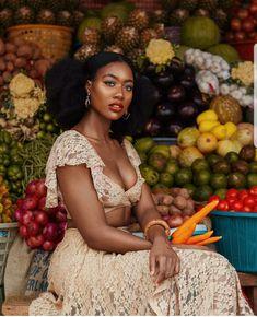 Passionate about afro descendants My Black Is Beautiful, Beautiful People, Beautiful Women, Beautiful Pictures, Black Girls Rock, Black Girl Magic, Brown Skin, Dark Skin, Light Skin
