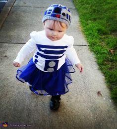 R2-D2 Baby Costume - 2013 Halloween Costume Contest via @costumeworks