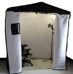 audio room audio room How to Build The Best DIY Vocal Booth (On a Budget) Audio Studio, Music Studio Room, Music Rooms, Diy Vocal Booth, Home Studio Setup, Studio Layout, Studio Desk, Recording Booth, Sound Room