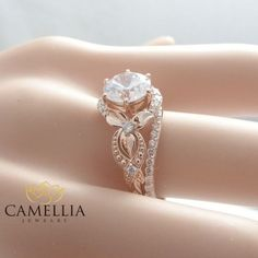 There is nothing like a gorgeous unique diamond engagement ring to set her heart aflutter. Designed in striking detail the band features a