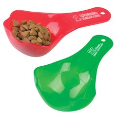 This fun paw shaped pet food scoop is a great way to advertise for your business and help keep pet's food portions under control! The paw shaped pet food scoop offers 1/2-cup to 1-cup measures to help measure out just the right amount at meal time. With a large imprint area on the handle for your company logo, these make a terrific low cost way to build your brand! Top rack dishwasher safe!
