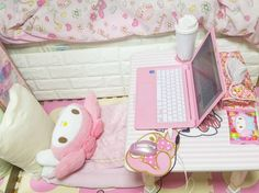 Imagen de room, sanrio, and my melody Dream Rooms, Dream Bedroom, Girls Bedroom, Bedroom Decor, Bedrooms, Pastel Room, Pink Room, Casa Kids, Kawaii Bedroom