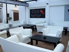 bubble club sofa and armchair #kartellUAE #designer #furniture #homedecor #interior #home #style #furnituredesign #dubai #design #KartellDubai #Contract