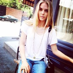 Natané with Jordan Elizabeth Murray, model – West Village, New York – Arrow necklace and Planet ring turquoise color.#necklace #collane #colors #cream #amethyst #woman #fashion #style #outfit #swarovski #jewel #bijoux #crema #panna #ametista #girl #natanè
