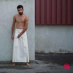 #Ninja #Hiatus #Menswear #Man #Skirt #Hakama #Graphic #Urban #Japan #Yamakasi #MartialArts #Matrix #Reggae #Marley #White #Ceremony #Wedding #EricRigal #FrançoisVendiol