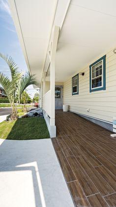 California Style, Interior And Exterior, Porch, Garage Doors, Sidewalk, Landscape, Outdoor Decor, Room, House
