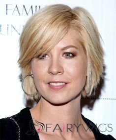 View yourself with Jenna Elfman hairstyles and hair colors. View styling steps and see which Jenna Elfman hairstyles suit you best. Jenna Elfman Hair, Medium Hair Styles, Short Hair Styles, Square Face Hairstyles, Shag Hairstyles, Layered Hairstyles, Bob Haircuts, Honey Blonde Hair Color, 100 Human Hair Wigs