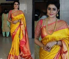Latest pattu saree blouse designs to try in 2019 blouse patterns for silk sarees Sari Blouse, Pattu Saree Blouse Designs, Bridal Blouse Designs, Latest Blouse Designs, Sari Dress, Sari Design, Blouse Back Neck Designs, Jessy James, Latest Pattu Sarees